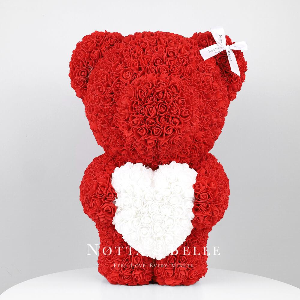 Červený medvídek z růží s srdcem - 55 cm