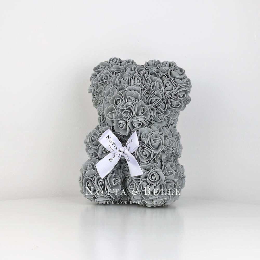 Šedý medvídek z růží - 25сm