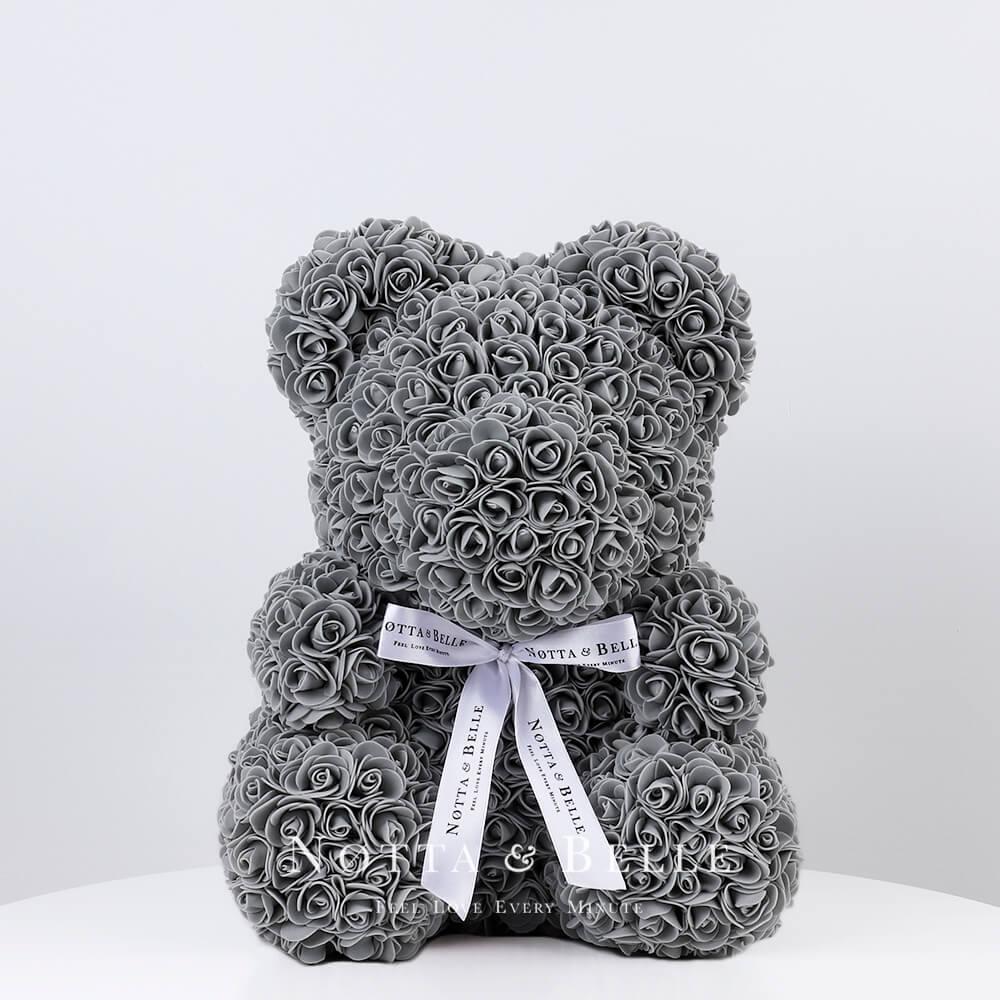 Šedý medvídek z růží - 35 сm