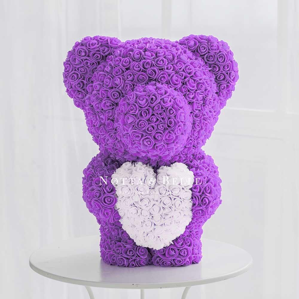 Фиолетовый с сердцем мишка из роз
