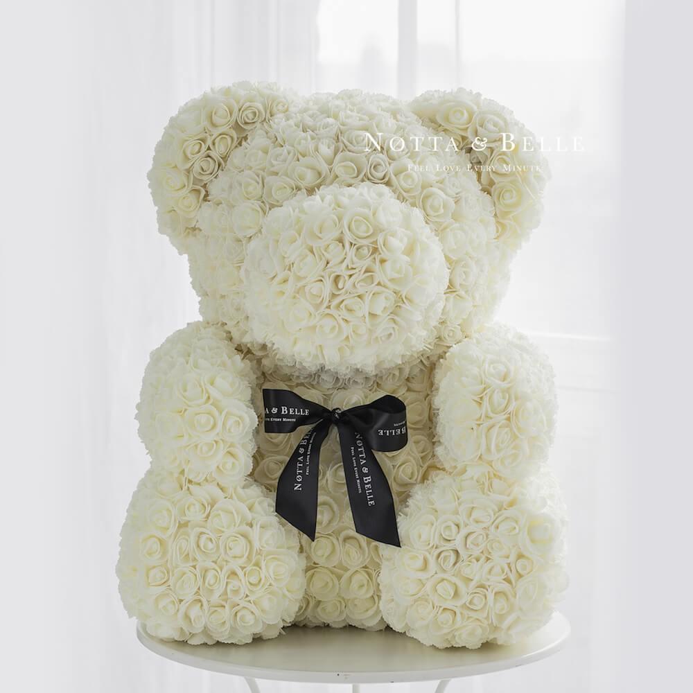Белый мишка из роз - 70 см