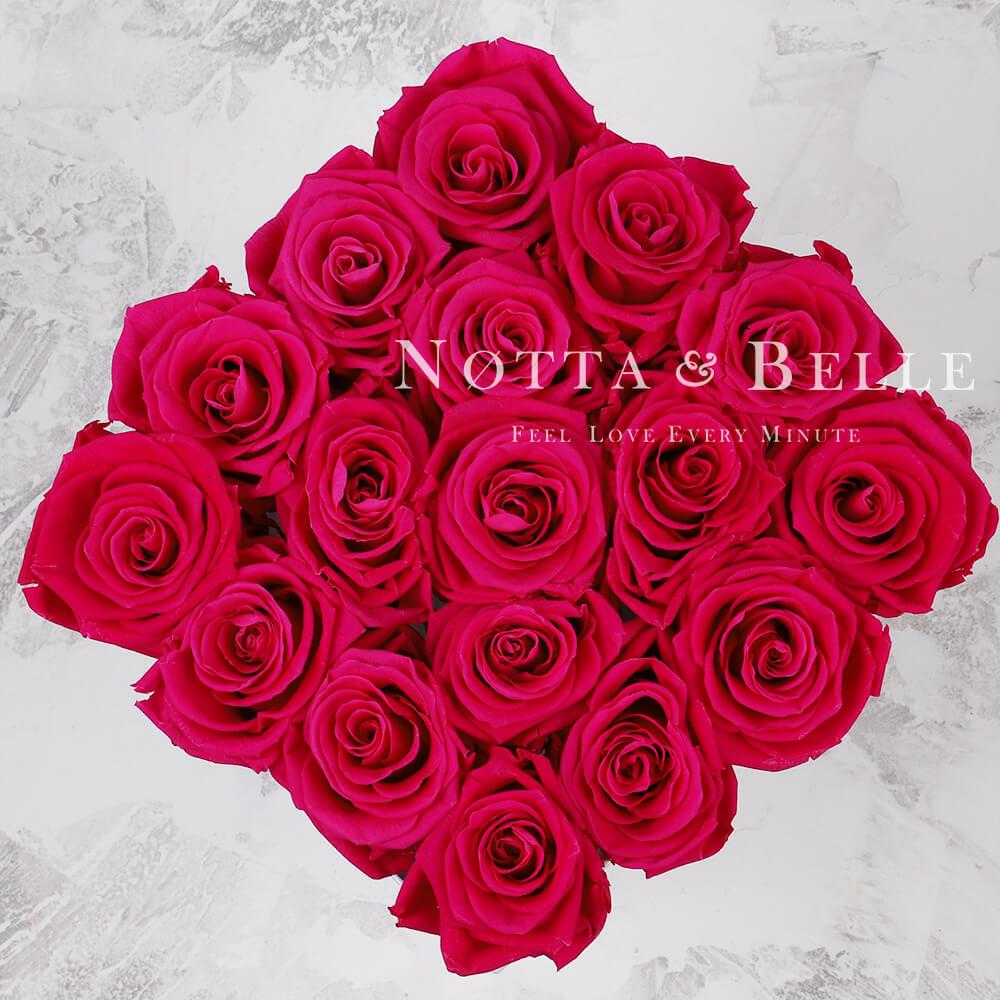 Jasně růžová kytice «Forever» v bílé krabičce - 17 ks
