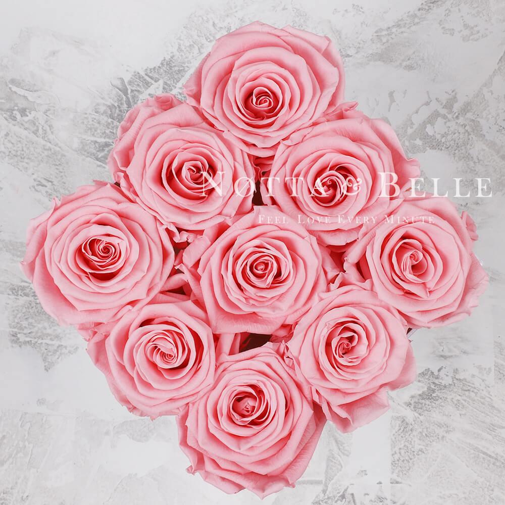 Růžová kytice «Romantic» v černé krabičce - 9 ks