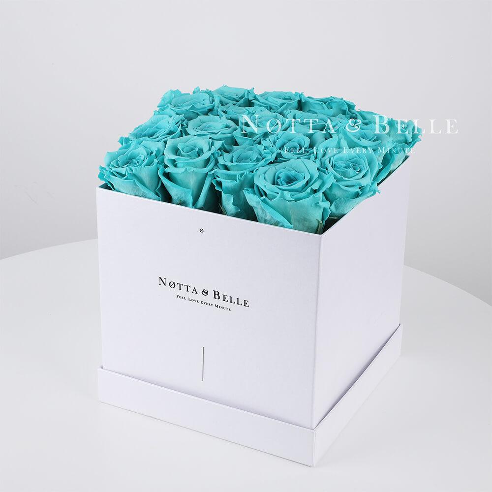 Tyrkysová kytice «Romantic» v bílé krabičce - 17 ks