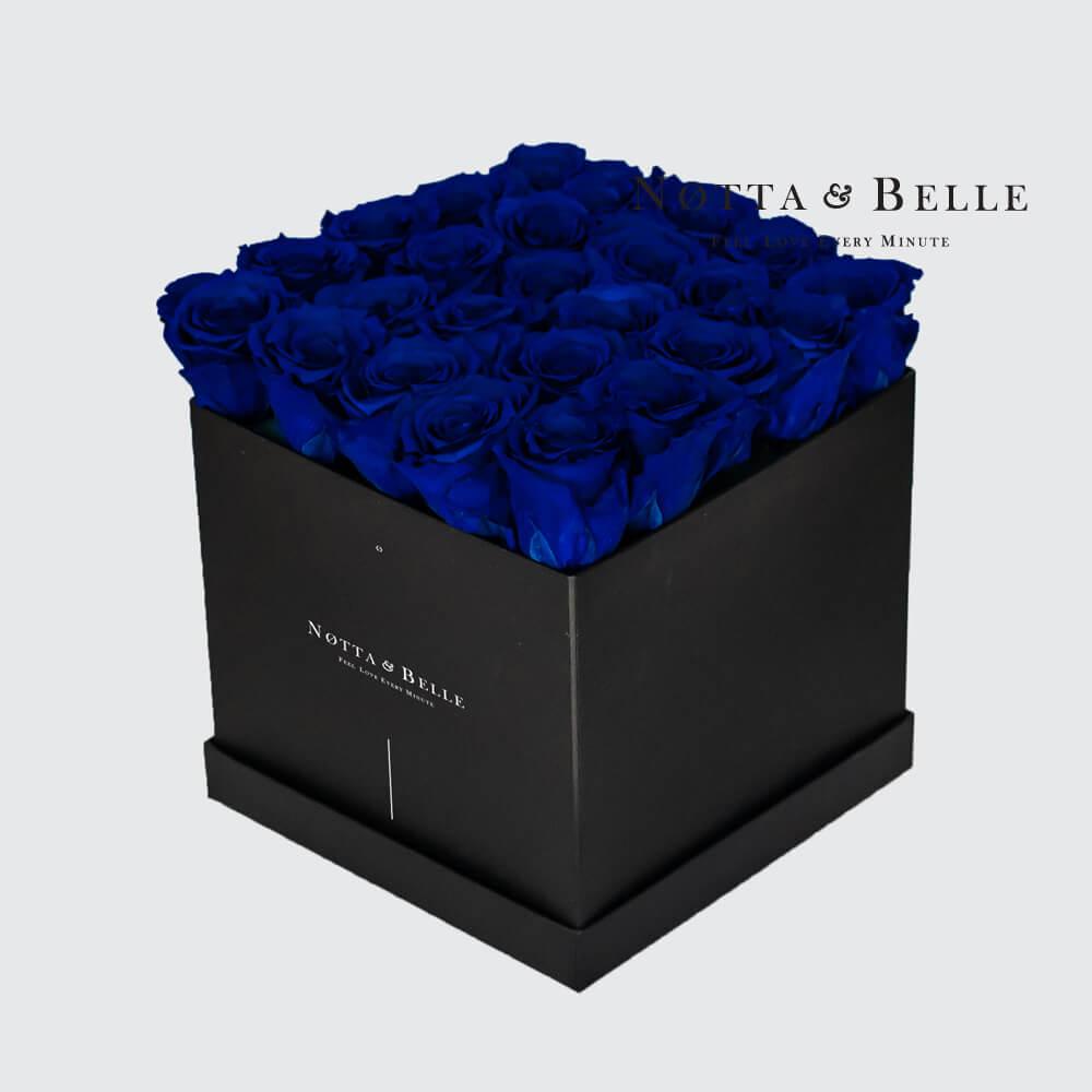 Modrá kytice «Romantic» v černé krabičce - 25 ks