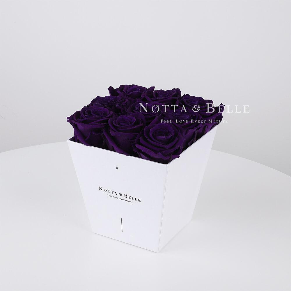 Fialová kytice «Forever» v bílé krabičce - 9 ks