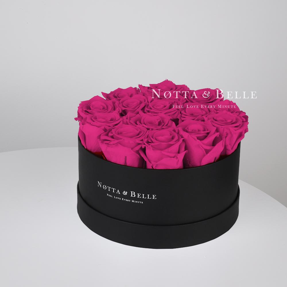 Kytice v barvě fuchsie «Princess» v černé krabičce - 15 ks