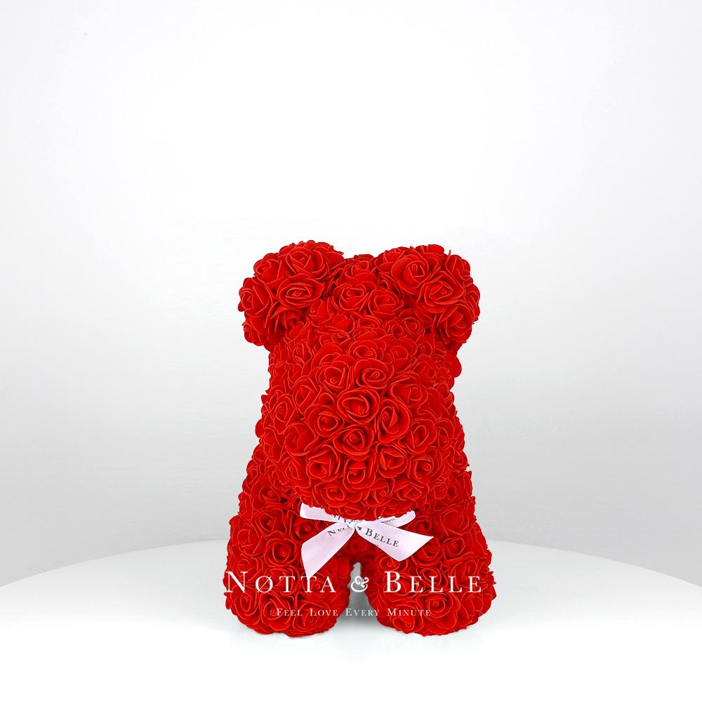 Červený pejsek z růží – 35 cm