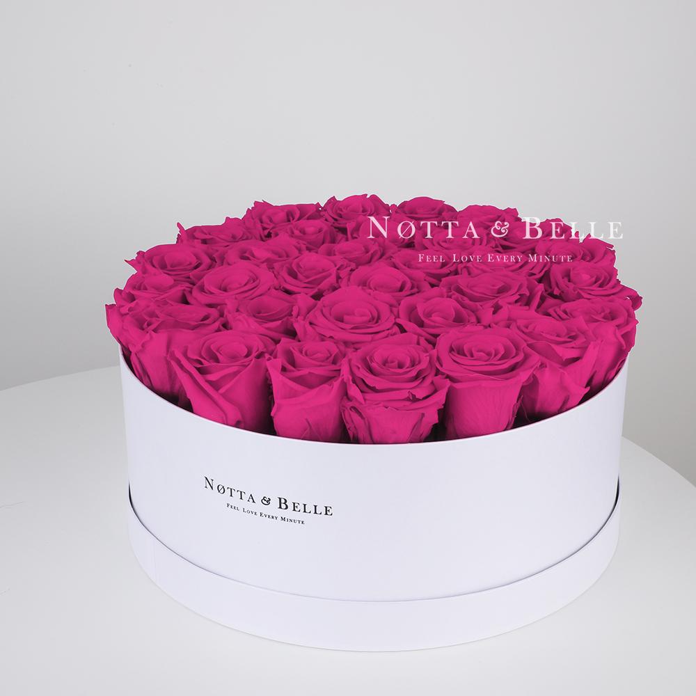 Ramo de color fucsia «Princess» en una caja blanca - 29 piezas