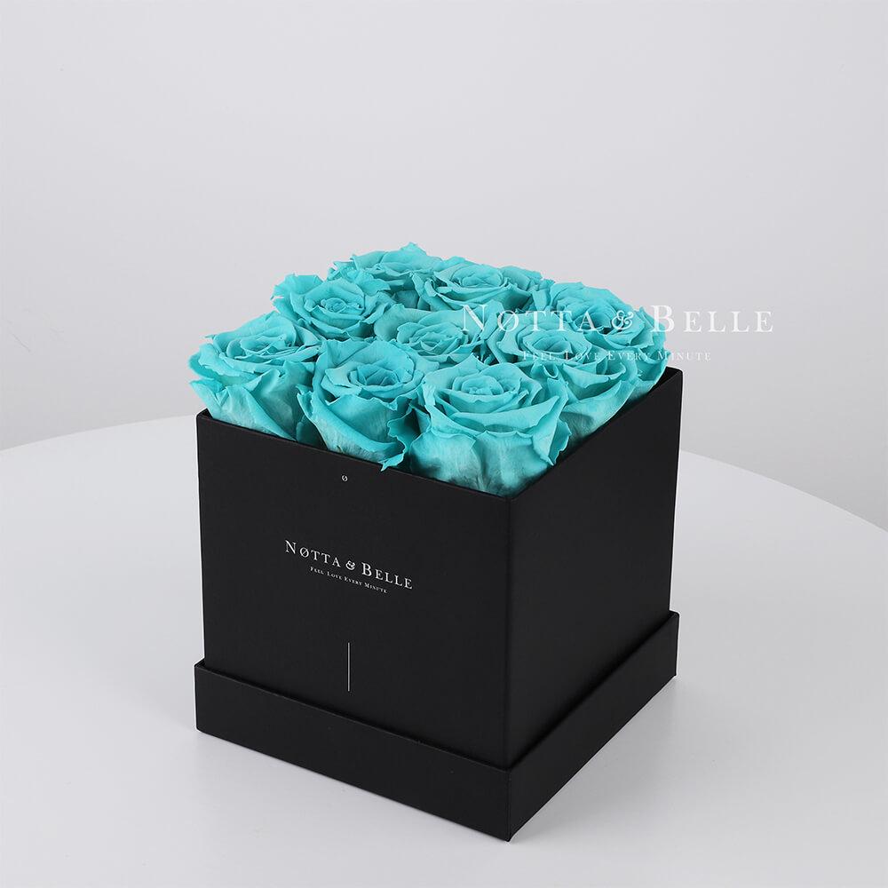 Mazzo colore turchese «Romantic» in una scatola nera - 9 pz.