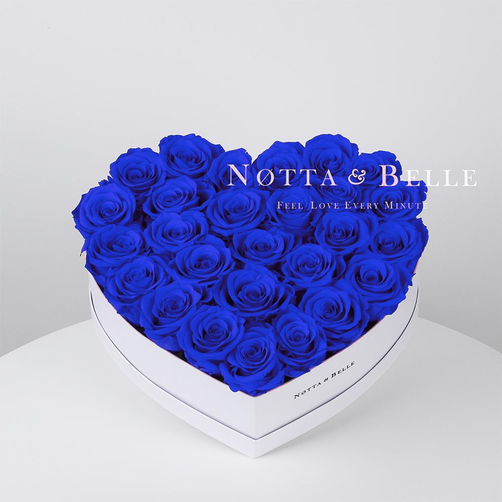 Mazzo colore blu «Love» in una scatola bianca - 27 pz.