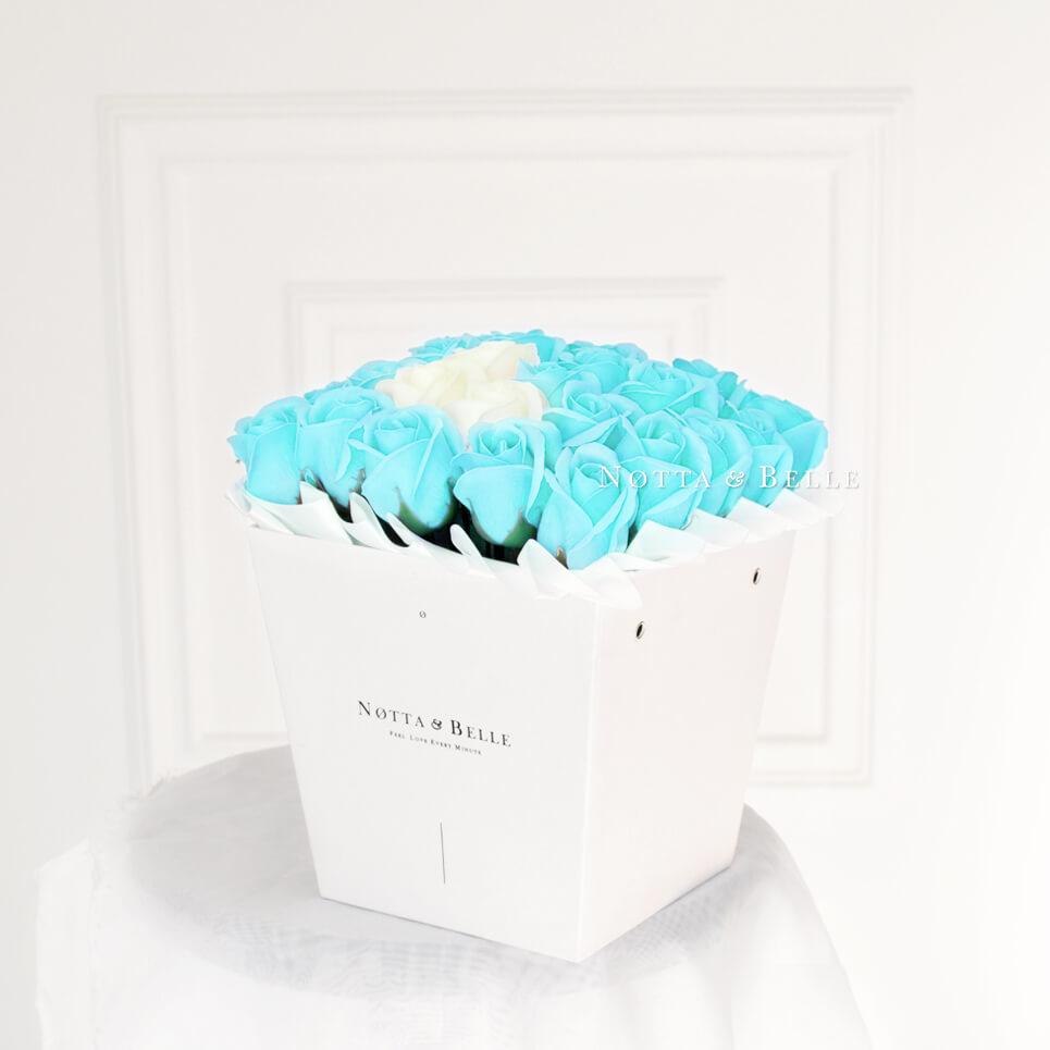 Мыльные розы синего цвета №441 White