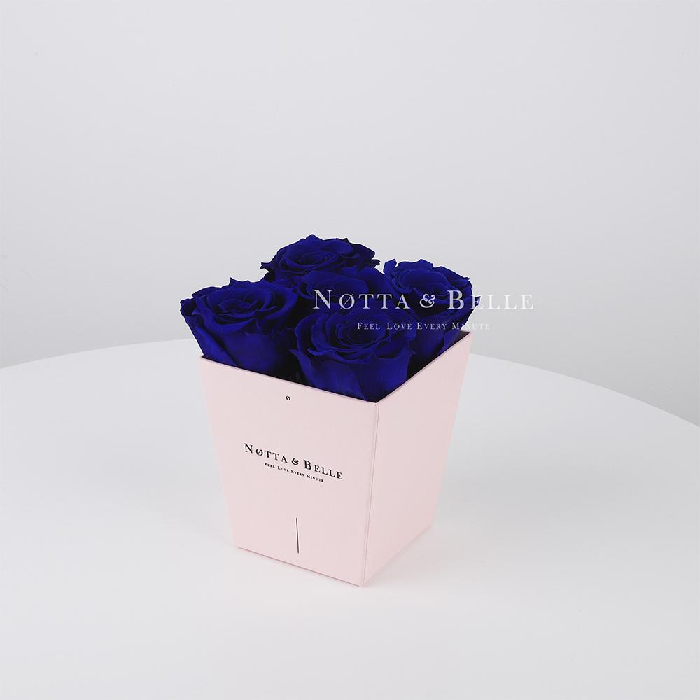 Долговечный букет из 5 синих роз - № 035