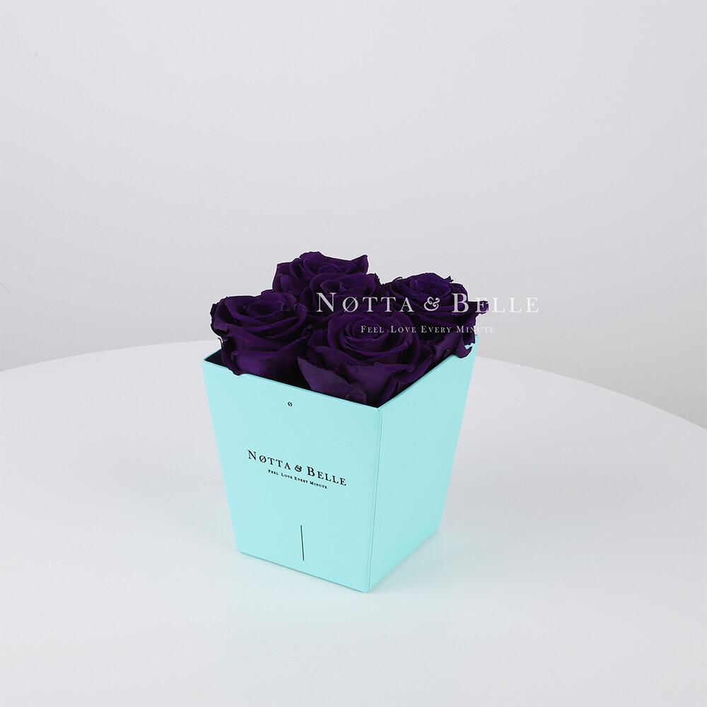 Долговечный букет из 5 фиолетовых роз - №053