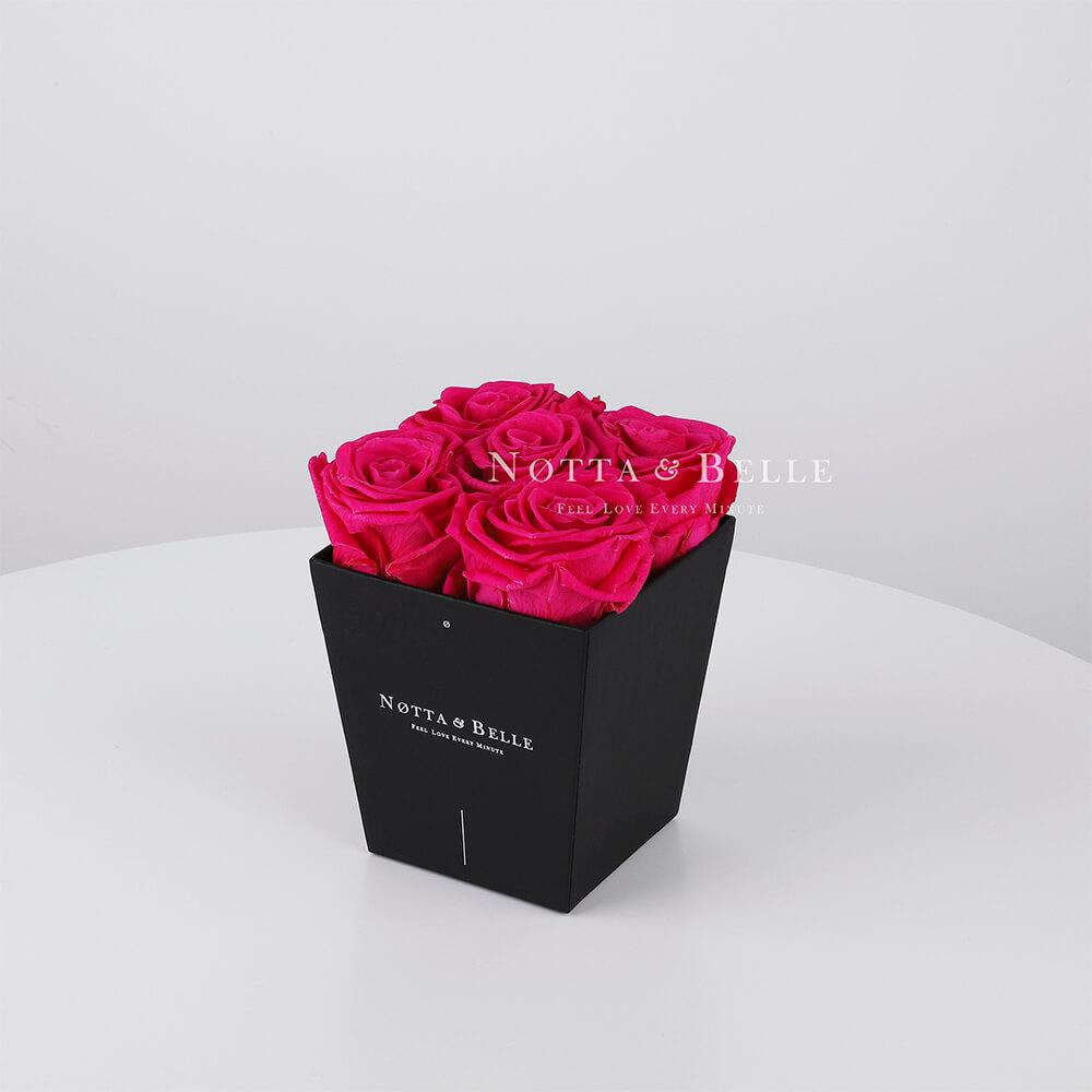 Долговечный букет из 5 ярко розовых роз - №062