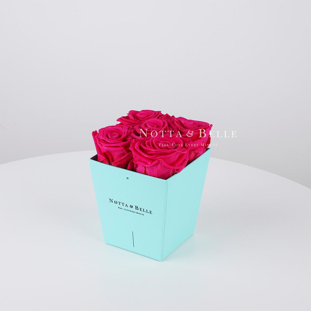 Долговечный букет из 5 ярко розовых роз - №063