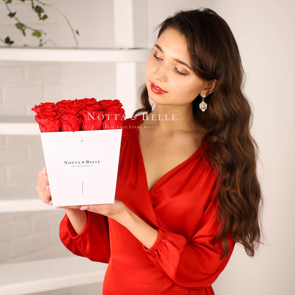 Dolgovechnyy buket iz 17 krasnyh roz - №211