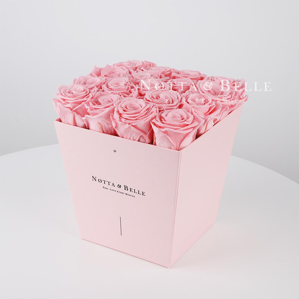 Долговечный букет из 17 розовых роз - №225