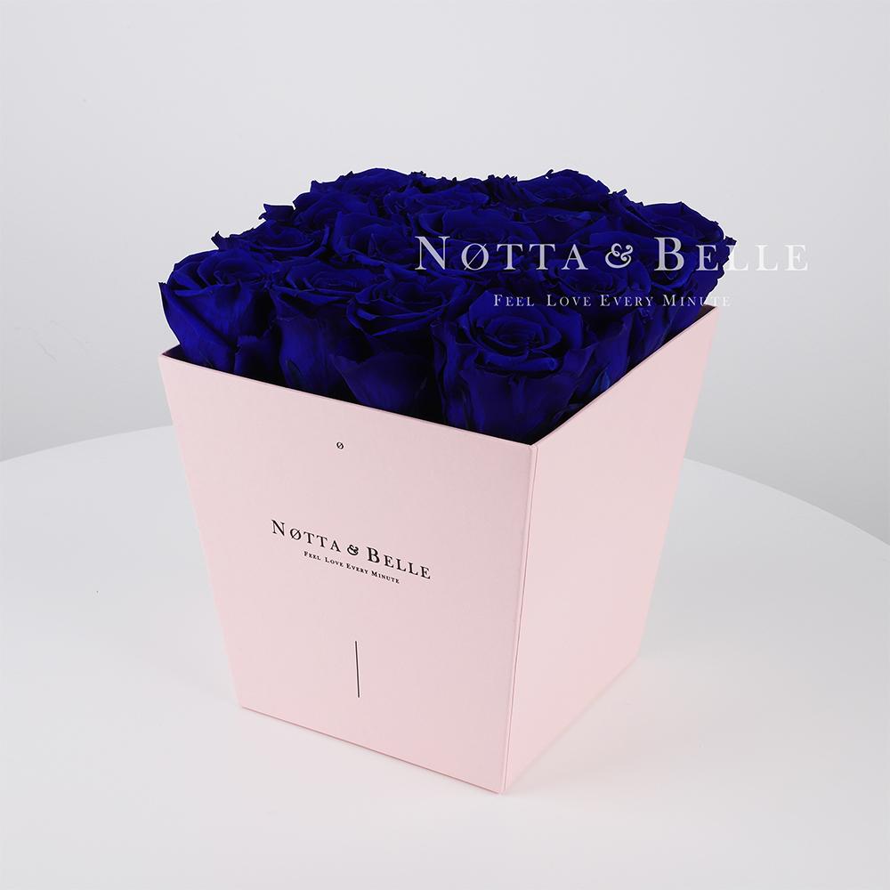 Долговечный букет из 17 синих роз - №235