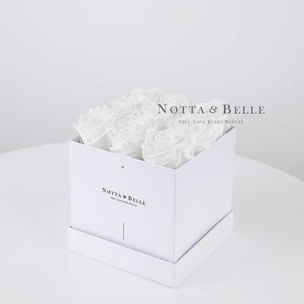 Долговечный букет из 9 белых роз - №381