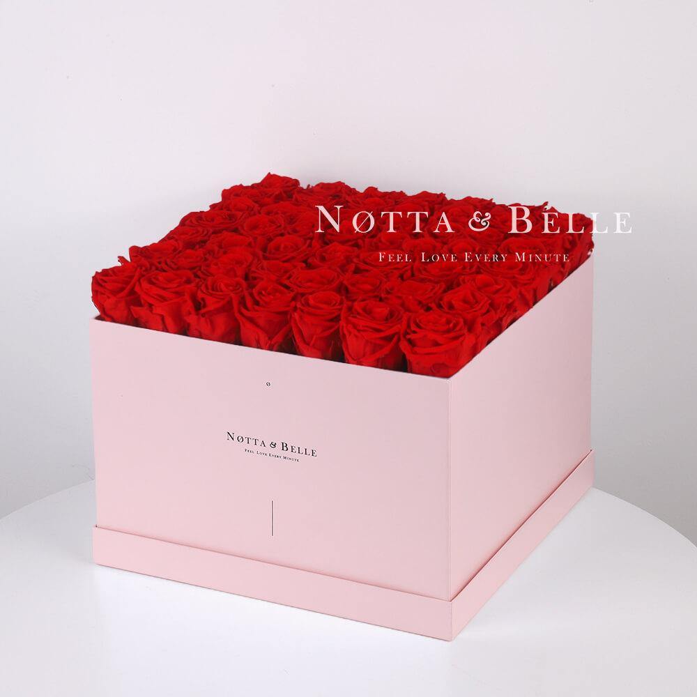 Долговечный букет из 49 красных роз - №715