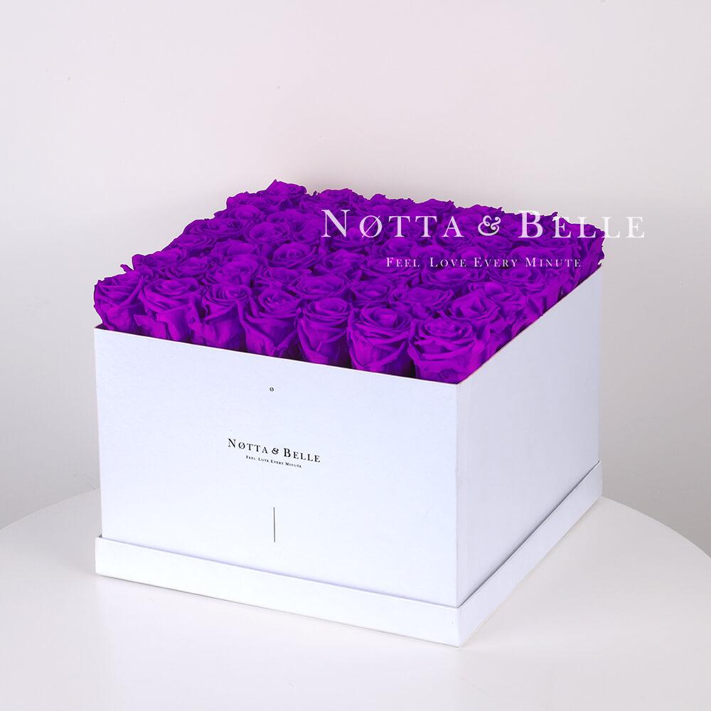 Долговечный букет из 49 фиолетовых роз - №751