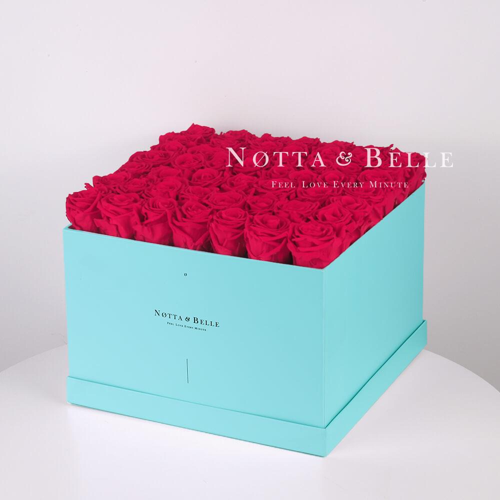 Долговечный букет из 49 ярко розовых роз - №763