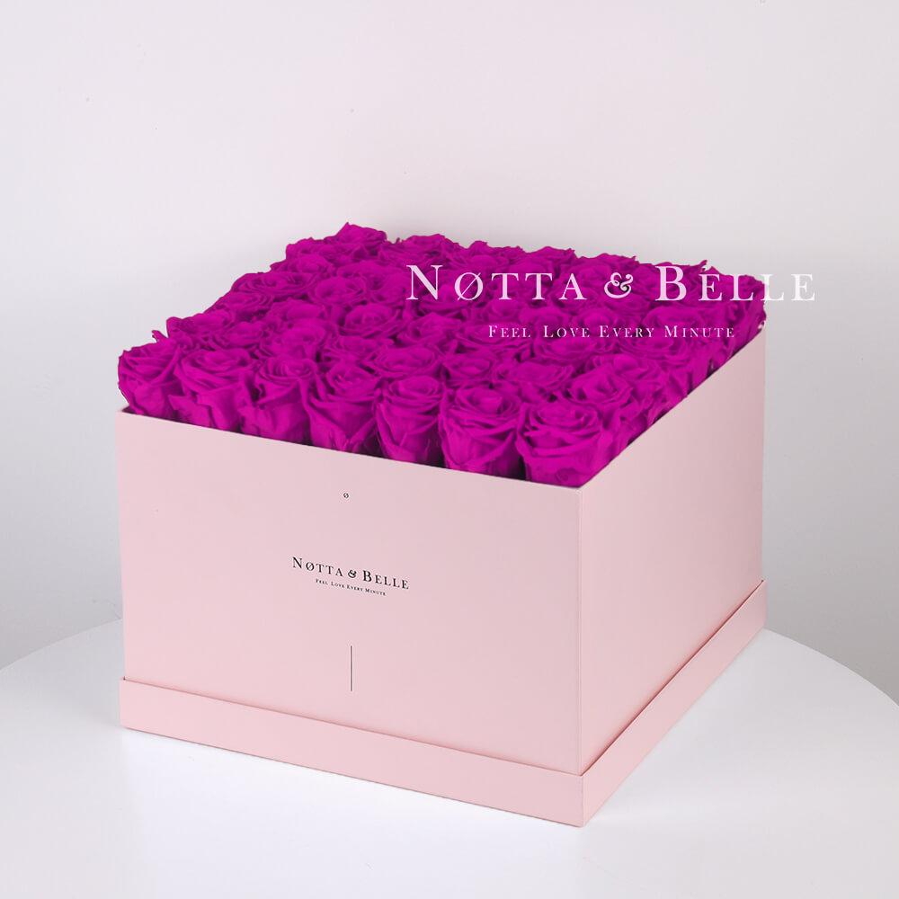 Долговечный букет из 49 роз цвета Фуксии - №775