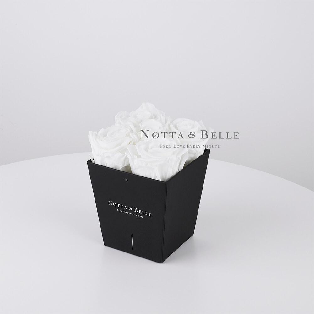 Mazzo colore bianca «Forever» in una scatola nera - 5 pz.