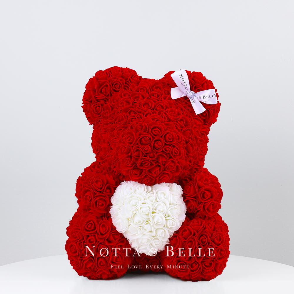 Красный мишка из роз с белым сердцем - 35 см
