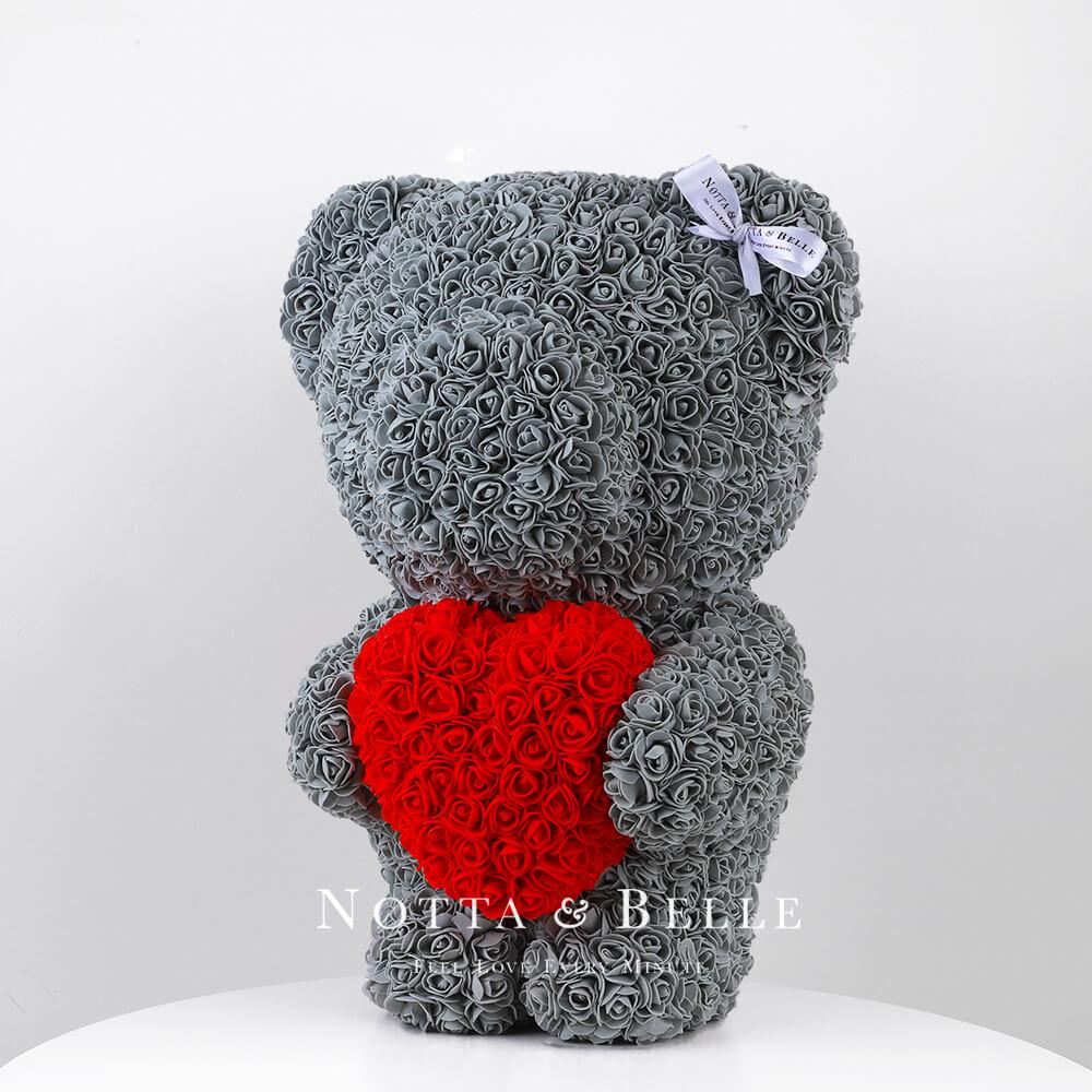 Серый мишка из роз с красным сердцем - 55 см