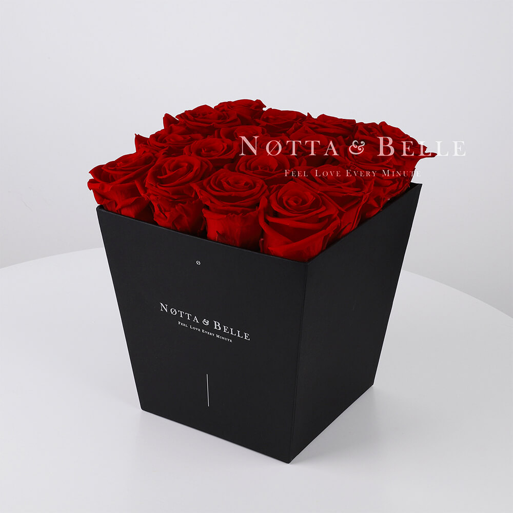 Bouquet satin lie de vin «Forever» - 17 roses