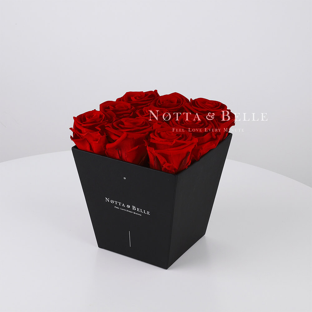 Vínová kytice «Forever» v černé krabičce - 9 ks