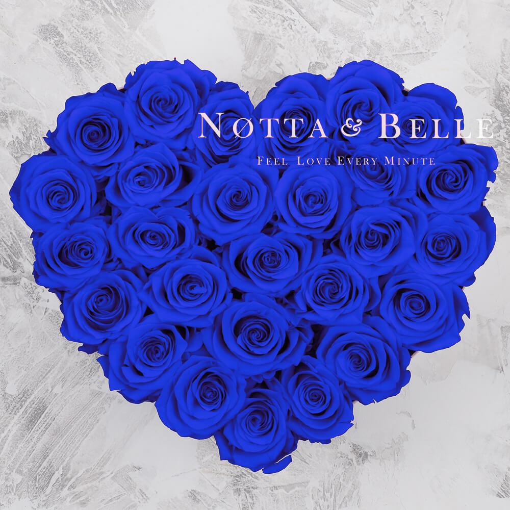 Modrá kytice «Love» v černé krabičce - 27 ks
