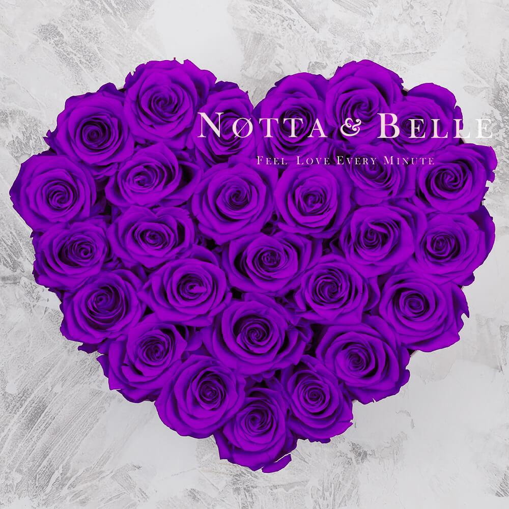 Fialová kytice «Love» v černé krabičce - 27 ks