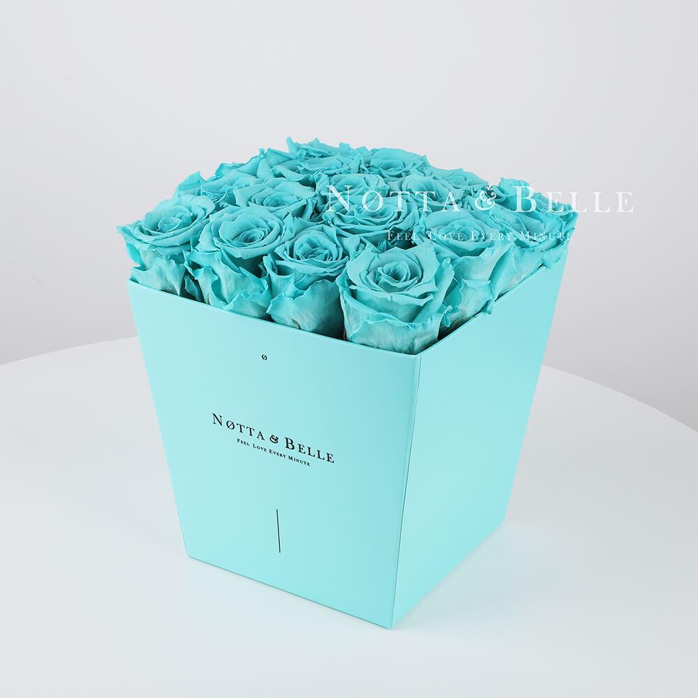Долговечный букет из 17 бирюзовых роз - №243