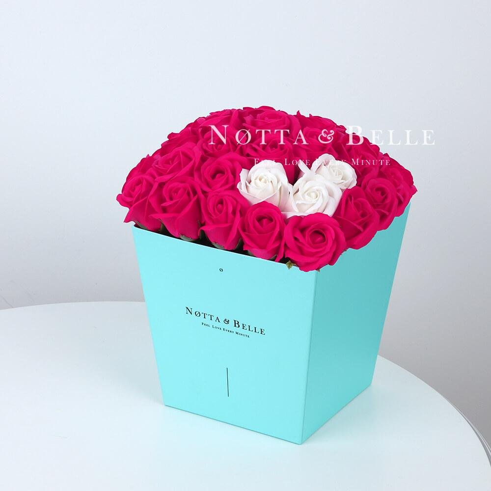 Мыльный букет цвета фуксии №463 из 35 розы