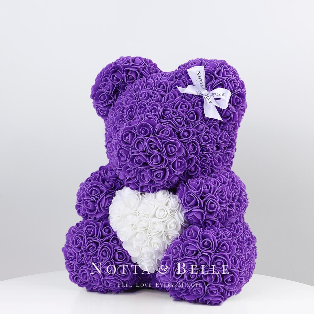 Мишка из роз фиолетового цвета с белым сердцем - 35 см