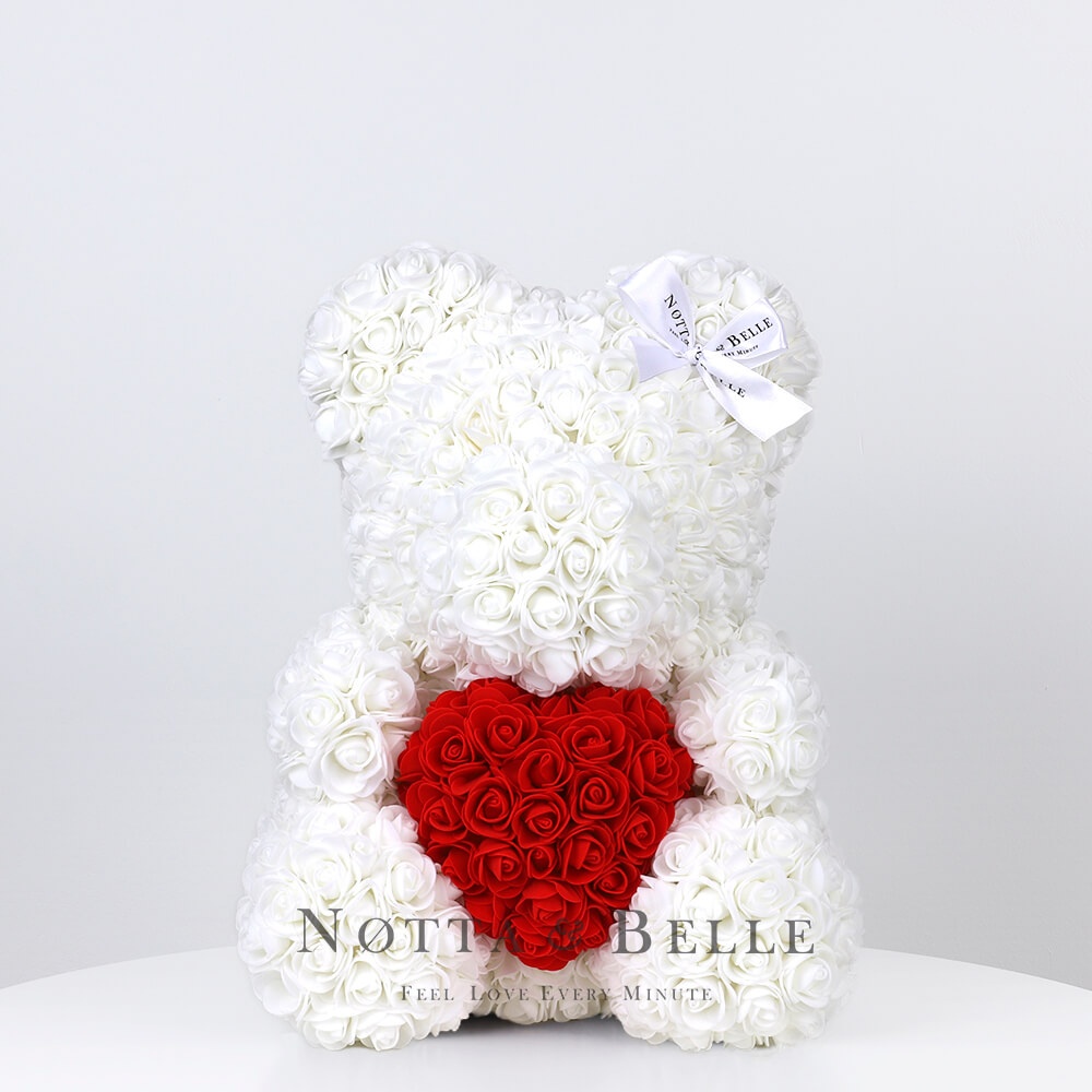 Ourson de roses avec un cœur Blance - 35 сm