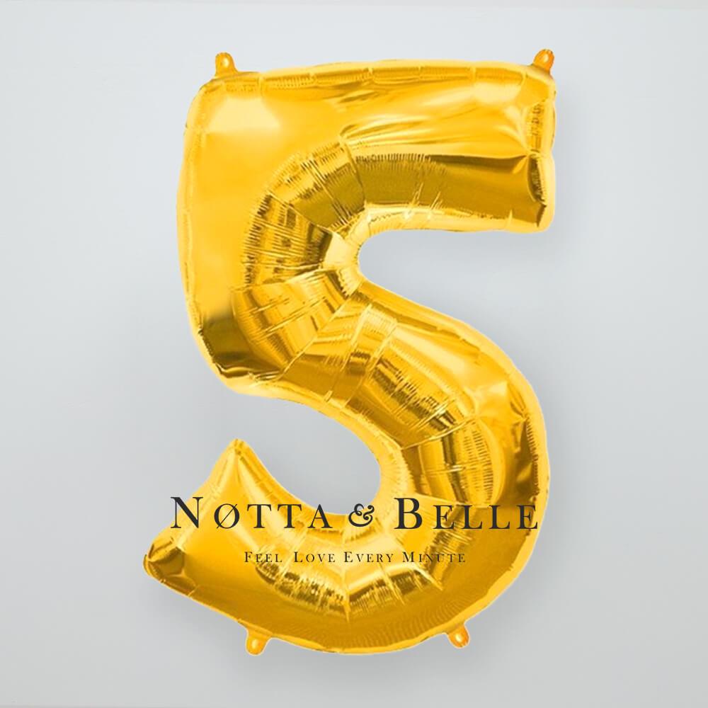 Шарик золотого цвета в виде цифры 5