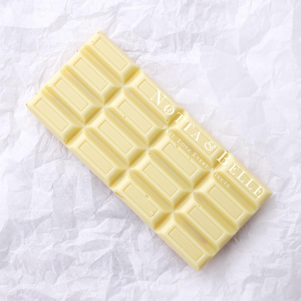 Belaya plitka shokolada ot Notta & Belle
