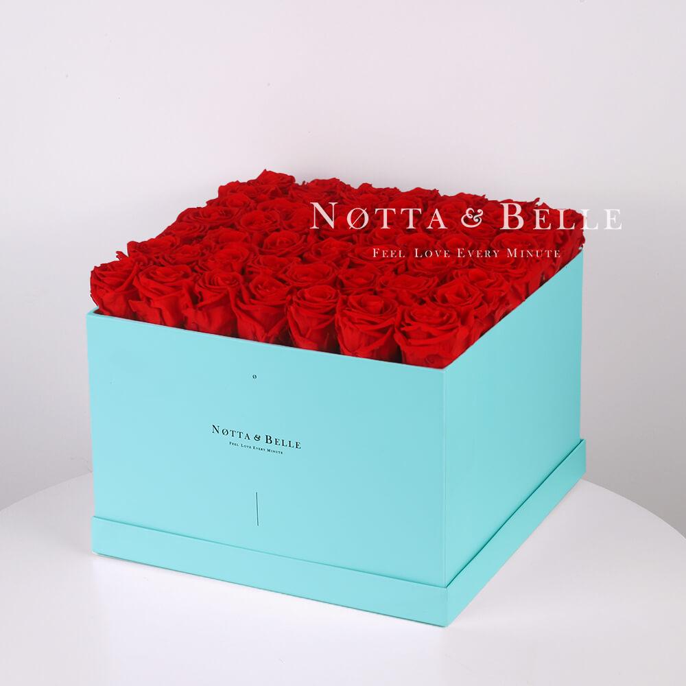 Долговечный букет из 49 красных роз - №713