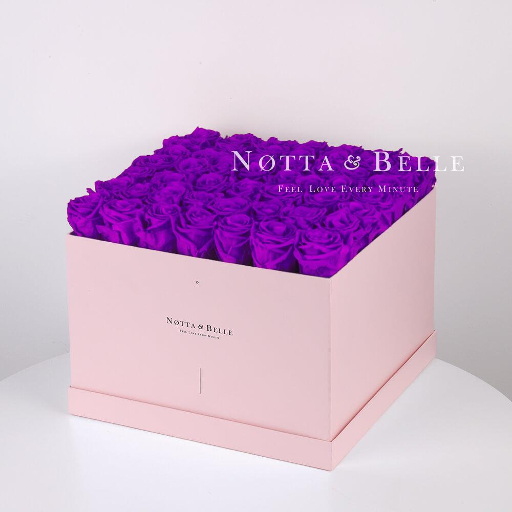 Долговечный букет из 49 фиолетовых роз - №755