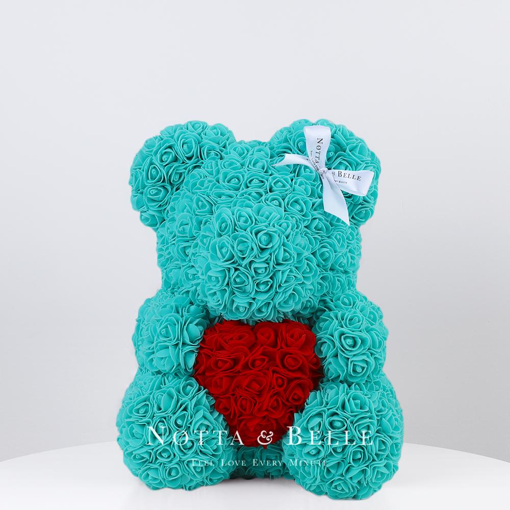 Купить со скидкой Мишка цвета Тиффани из роз с красным сердцем - 35 см