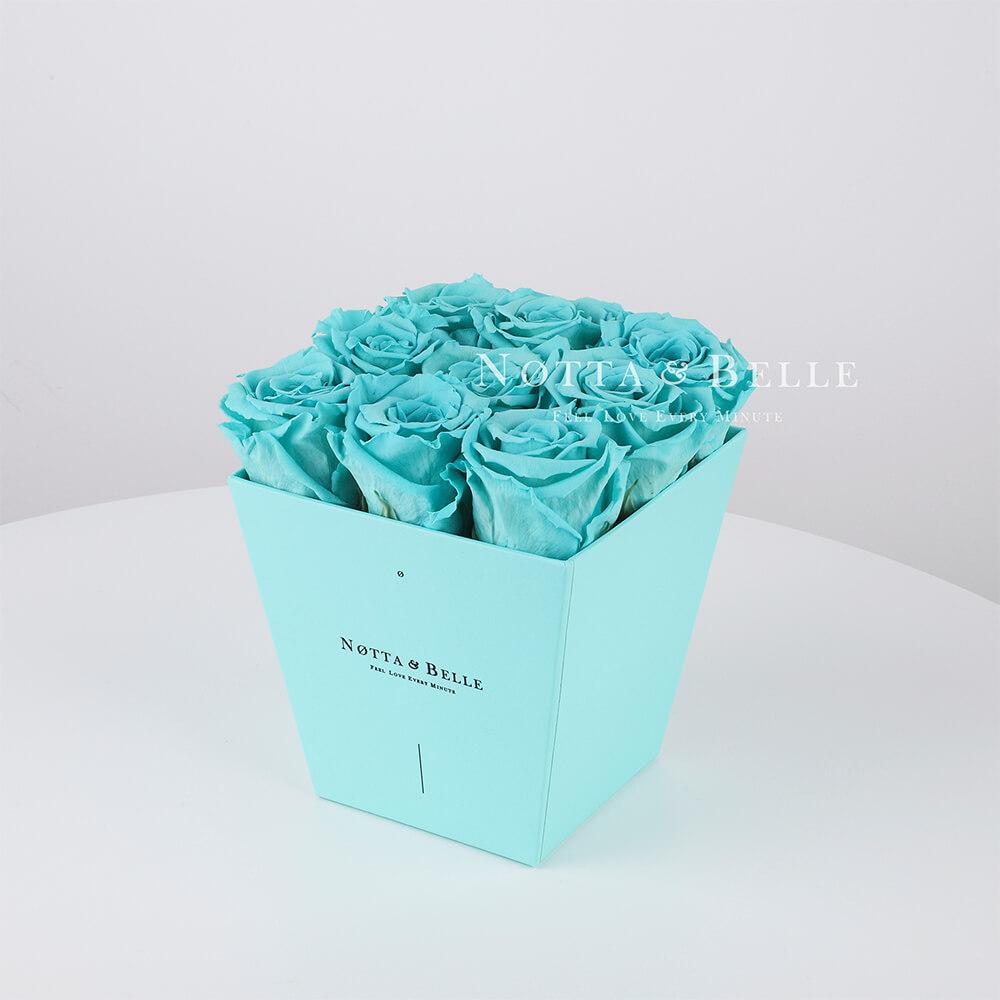 Долговечный букет из 9 бирюзовых роз - №143