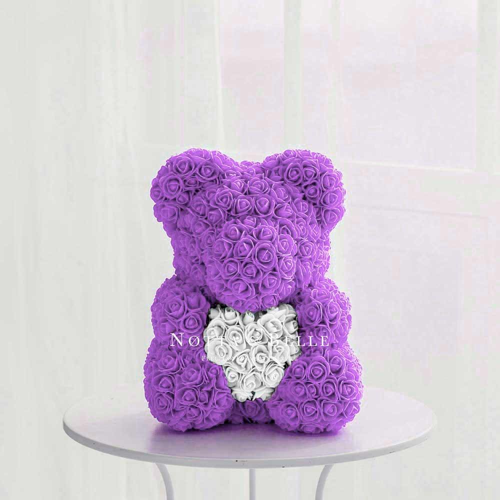 Мишка из роз фиолетового цвета с белым сердцем - 40 см