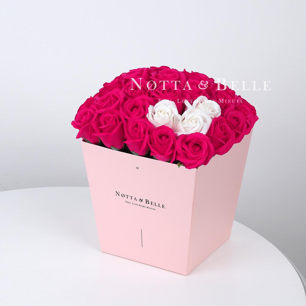 Мыльный букет цвета фуксии №465 из 35 розы