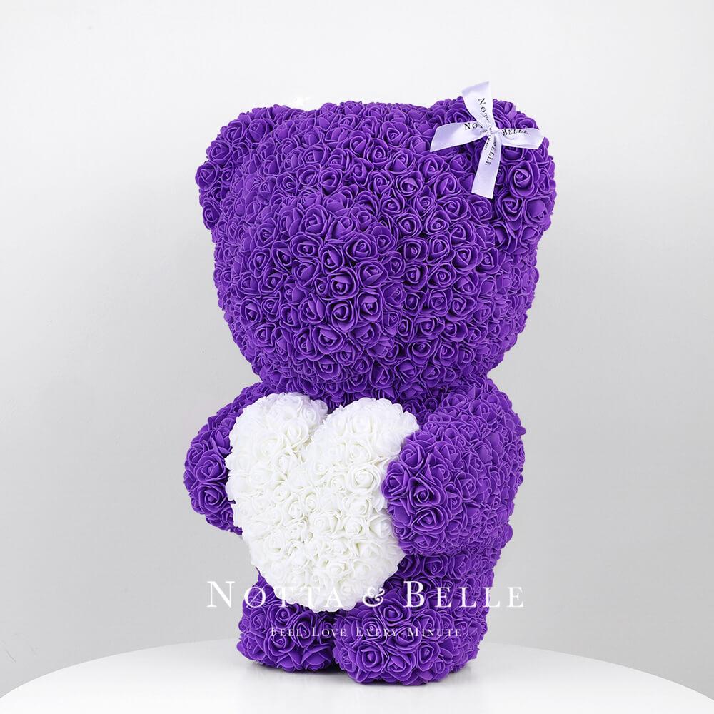 Фиолетовый мишка из роз с белым сердцем - 55 см
