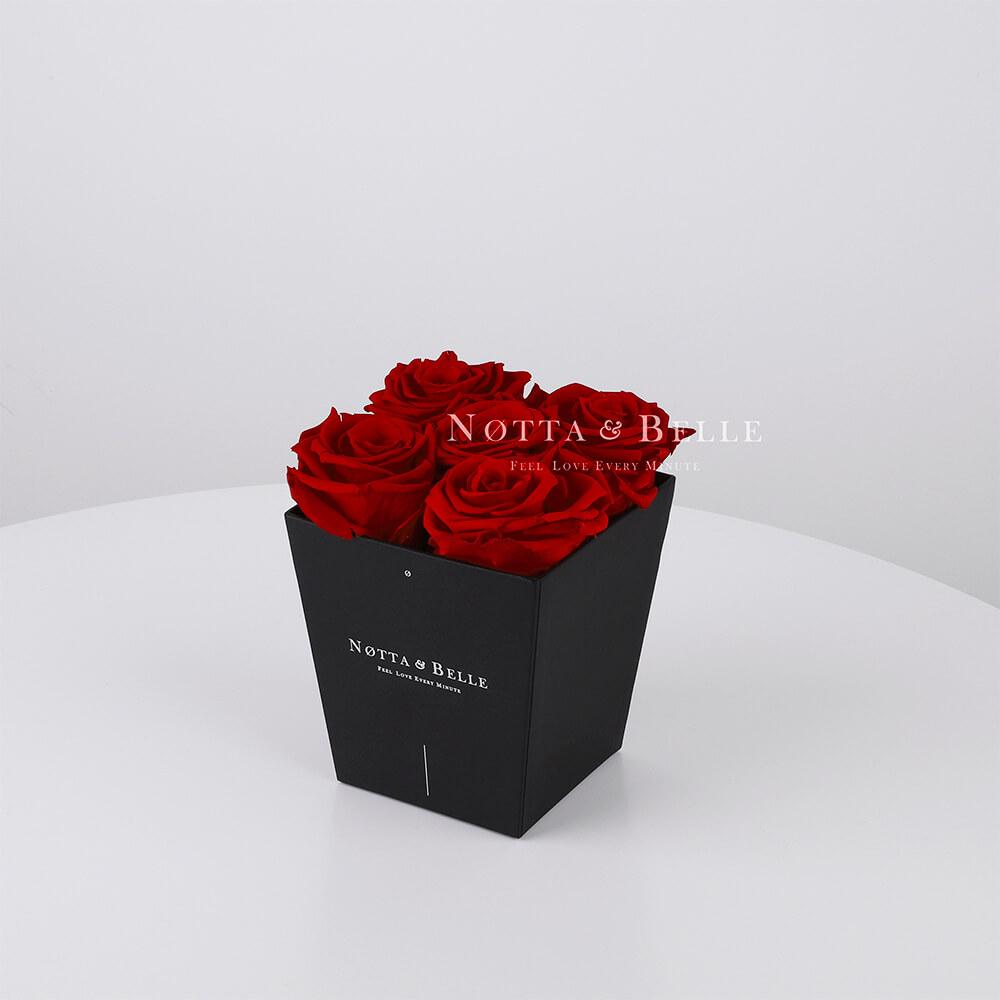 Долговечный букет из 5 бордовых роз - №062