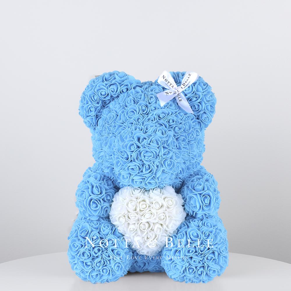 Světle modrá medvídek z růží s srdcem - 35cm